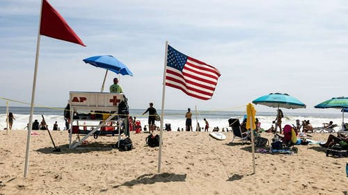 Attractions like the Jersey Shore should make New Jersey one of the more popular states — so why is it ranked 48th in a recent survey?  – Photo by Wikimedia