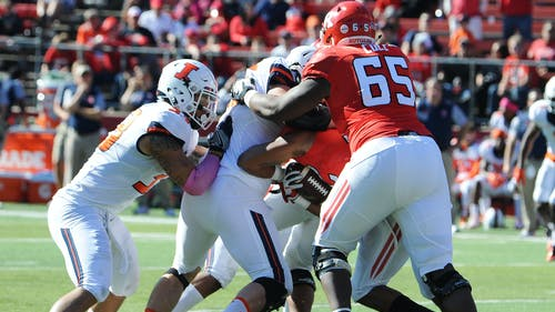 Sophomore left tackle Tariq Cole has excelled in his first year as a starter, being recognized as the most underrated player in the Big Ten by Pro Football Focus. – Photo by Dimitri Rodriguez