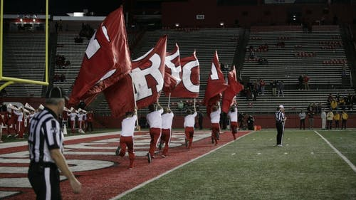 Rutgers Has Lowest Attendance Numbers Since 2005 At Saturday S Football Game The Daily Targum