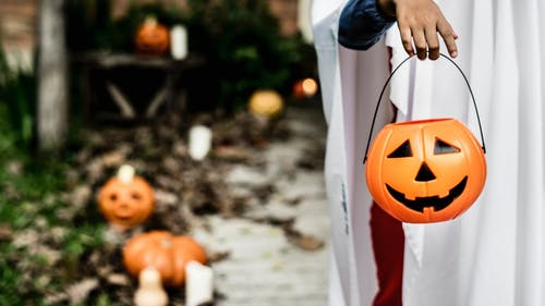 Henry Raymond, an associate professor and epidemiologist at the Rutgers School of Public Health, said Halloween activities at home with family members are the safest option this year.  – Photo by Pxhere