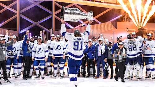 The Tampa Bay Lightning won the Stanley Cup for the first time since 2004 – Photo by Twitter / @TBLightning