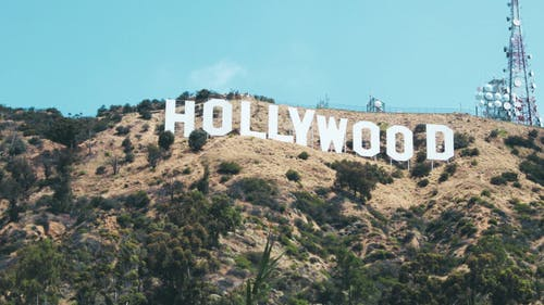 Although many may think that it's only the big names that are being hurt in Hollywood by coronavirus, others in the industry, like technicians and gaffers, are jobless because of the crisis.   – Photo by Unsplash