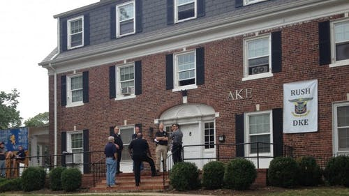 Police investigate the Delta Kappa Epsilon fraternity house, where Rutgers student Caitlyn Kovacs allegedly passed out before she was pronounced dead last night. – Photo by Photo by Katie Park   The Daily Targum