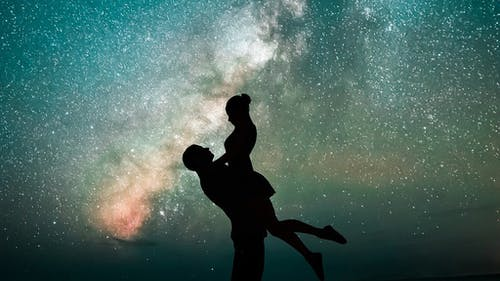Having a crush can make us feel like we're on cloud nine. But, without introspection and a bit of pragmatism, reality can be a painful crash back down to earth. – Photo by Pixabay.com